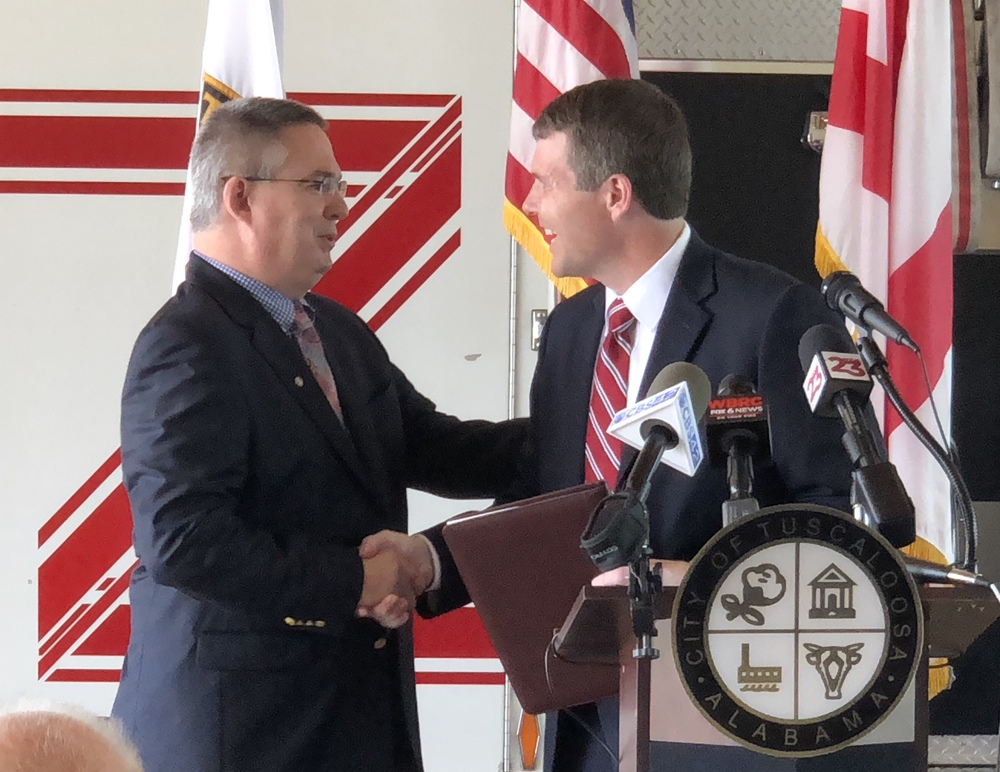 Tuscaloosa's Mayor Maddox Names Randy Smith as New Fire and Rescue Chief
