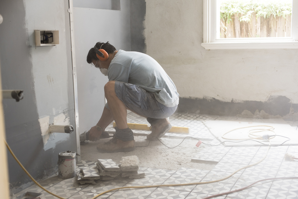 6 Home Renovation Myths to Stop Believing Before You Botch Things Up