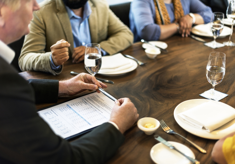 IRS: Business Meals Are Still Deductible
