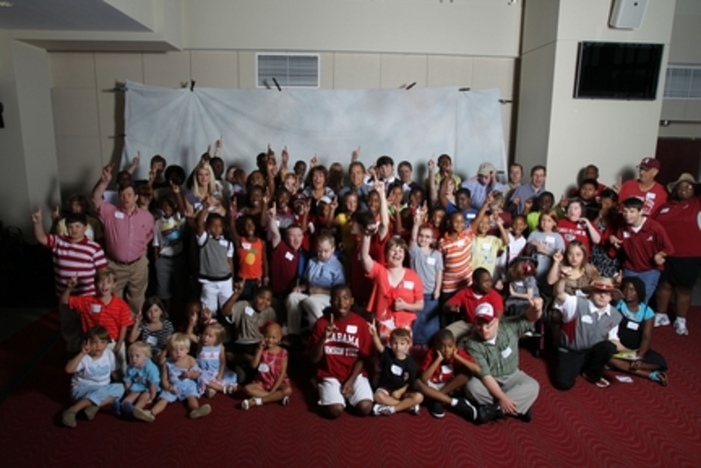 Nick's Kids Gives More Than $450,000 to Local Charities at Tuscaloosa Luncheon