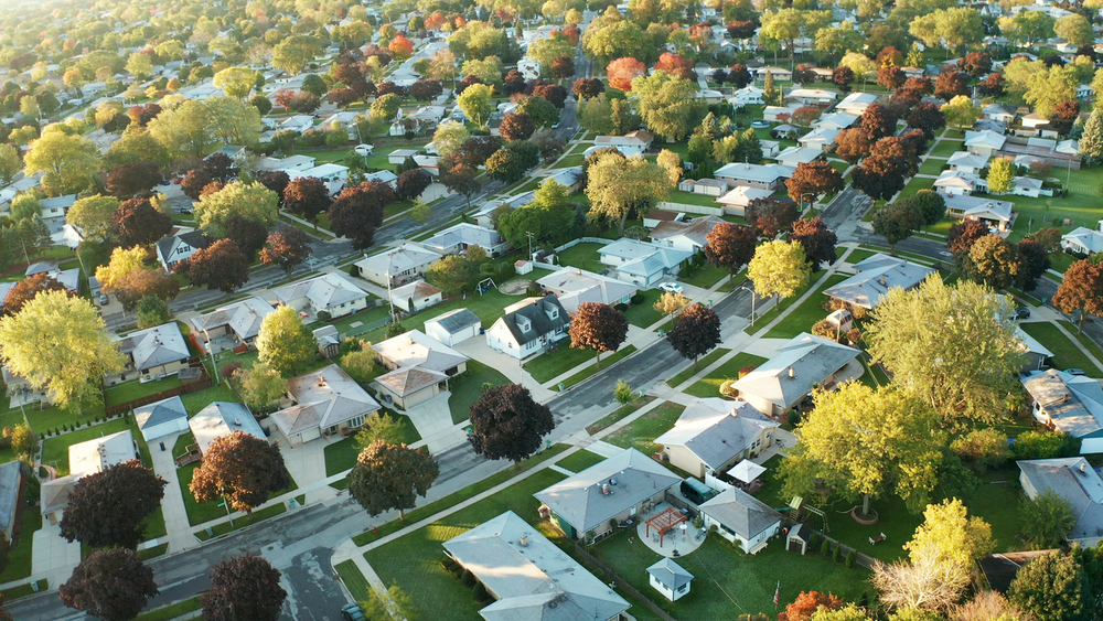 Poll: Pandemic Making Suburbs More Appealing